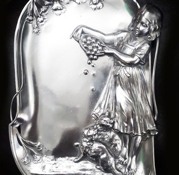 DI 293 – Placa Para Parede Art Nouveau Decorativa Com Menina E Gatos