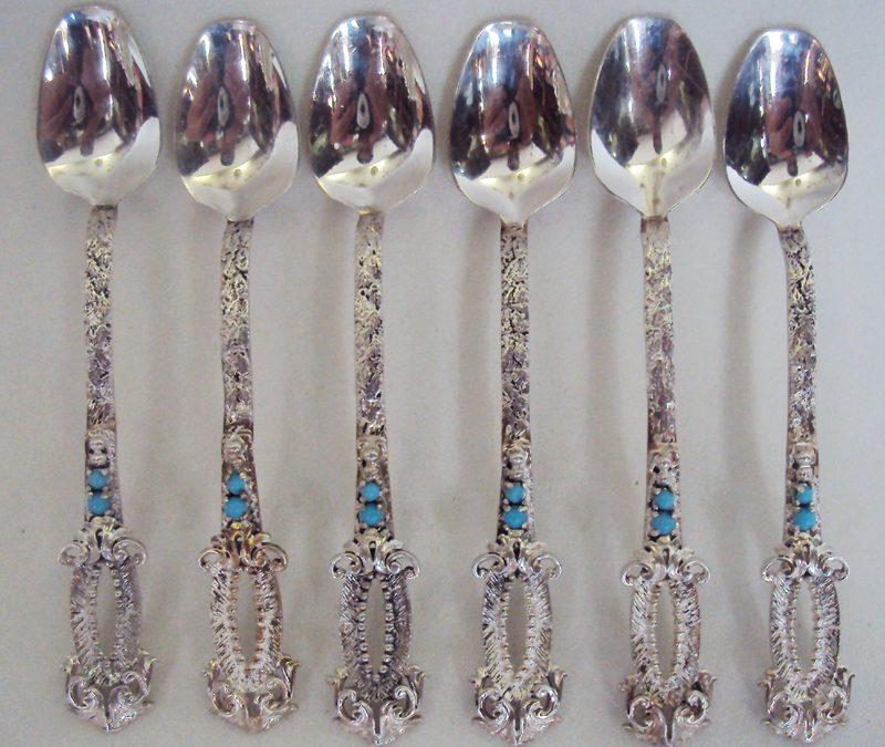 DI 34 – 6 colheres antigas de cafezinho em prata de lei 925 decoradas com pedras de cor turquesa