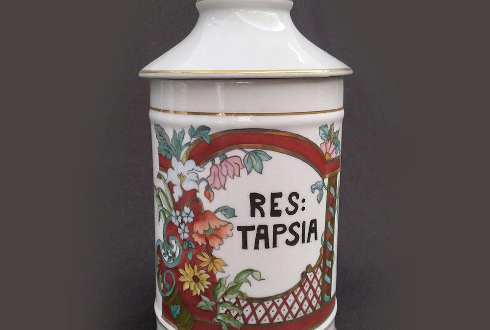 LO 141 – Pote ou boião antigo de farmácia RES TAPSIA em porcelana pintada à mão com flores e dourados