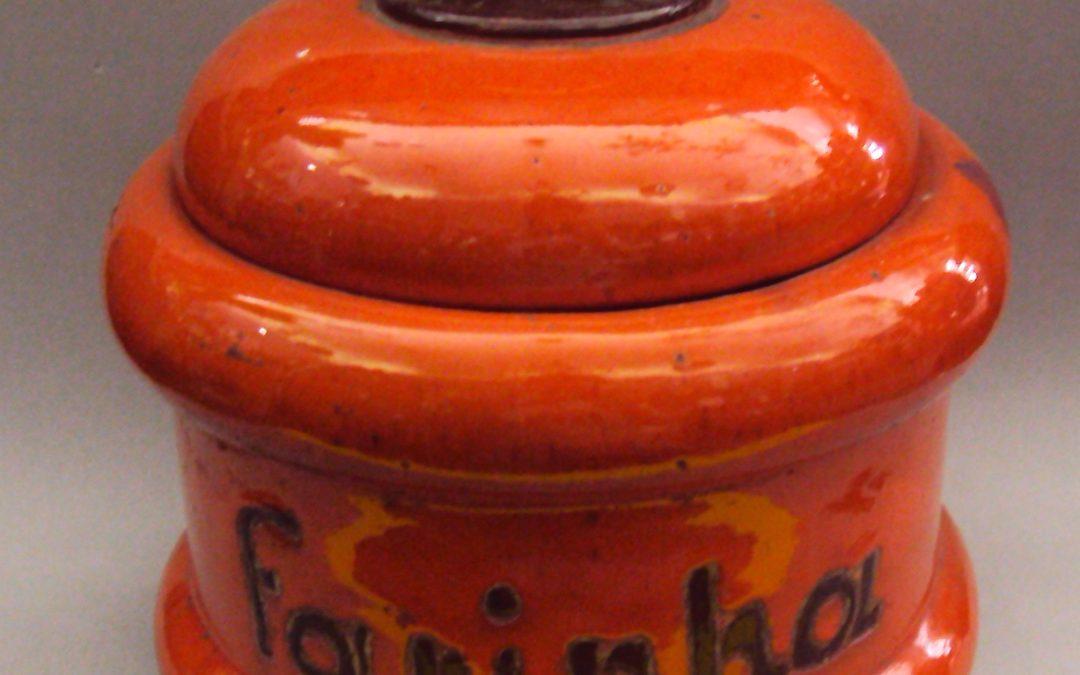 LO 146 – Pote Em Cerâmica Alaranjado Para Farinha
