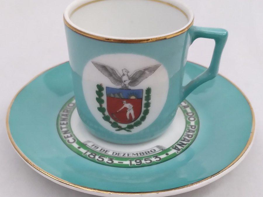 LO 33 – Xícara de cafezinho antiga Mauá centenário da emancipação política do Paraná 1853 – 1953