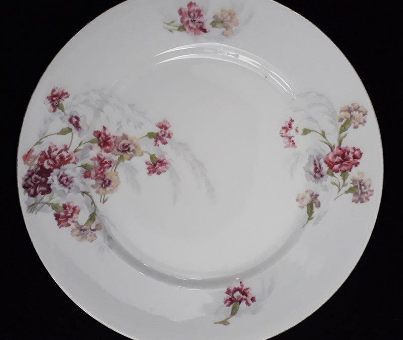 LO 78 – Prato antigo em porcelana francesa Barny & Rigoni de Limoges com flores rosadas
