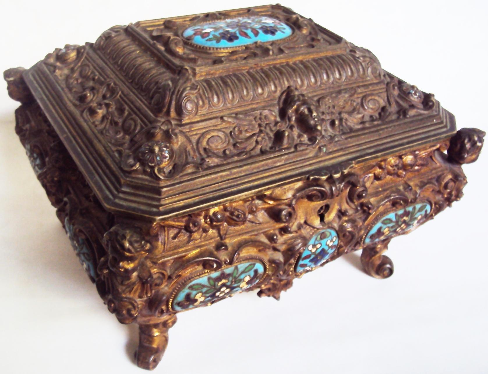 DI 157 – Caixa Alemã Erhard & Söhne De Bronze Com Arabescos E Esmalte