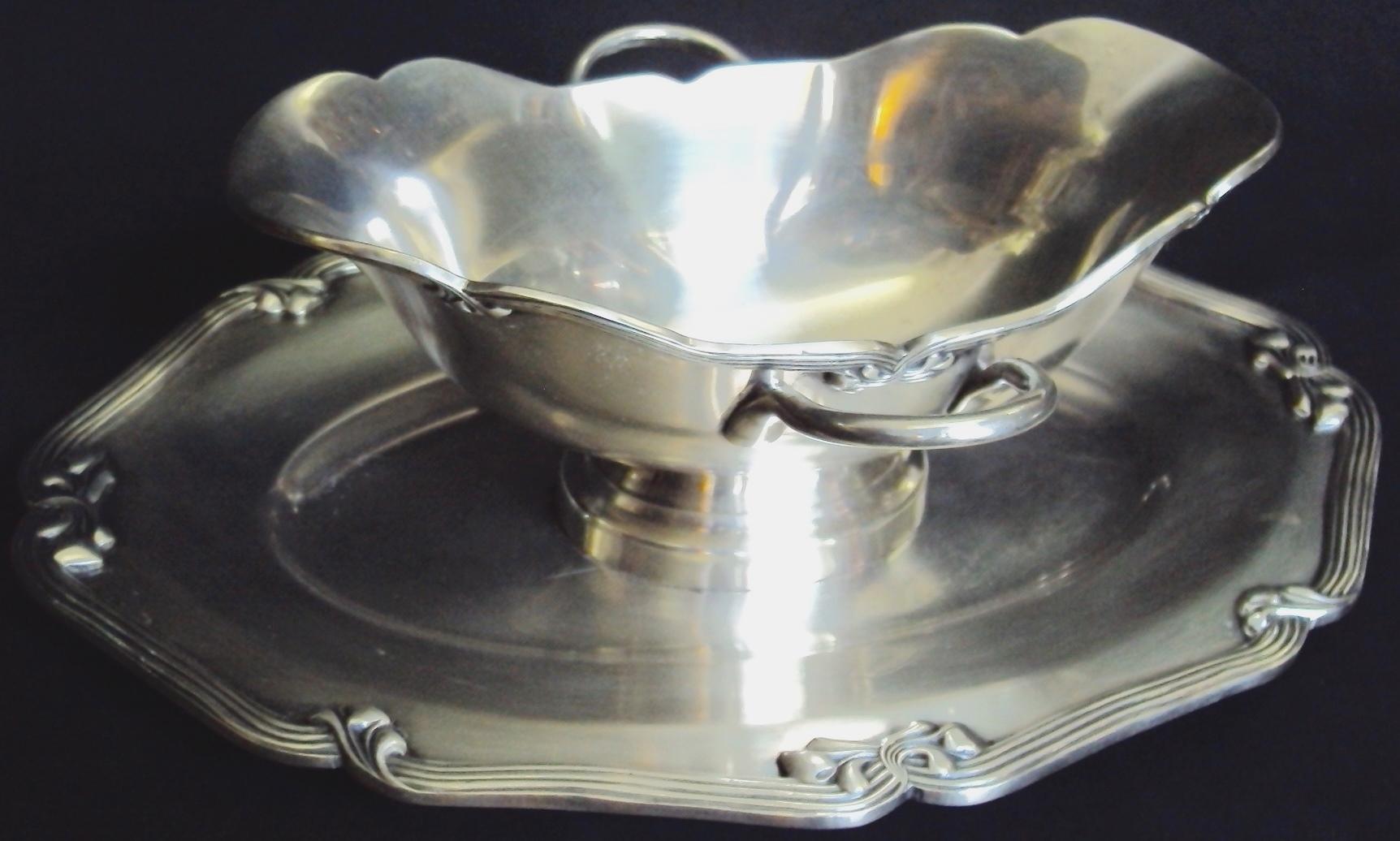 DI 176 – Molheira Fracalanza de metal com banho de prata e présentoir